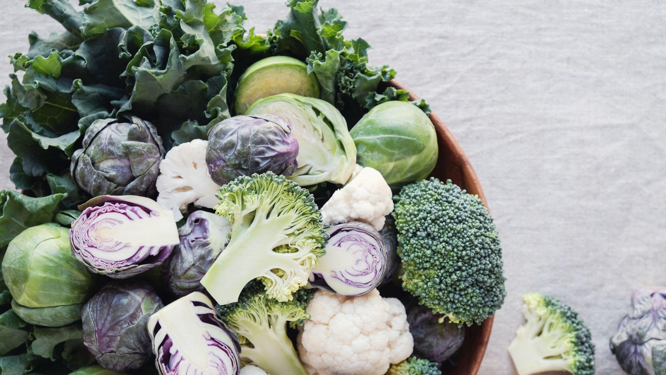 Verdure crucifere: benefici e utilizzi